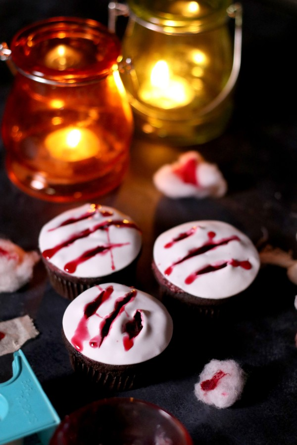 Claw Cupcakes (2)