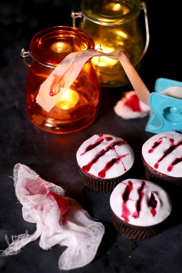 Claw Cupcakes (5)