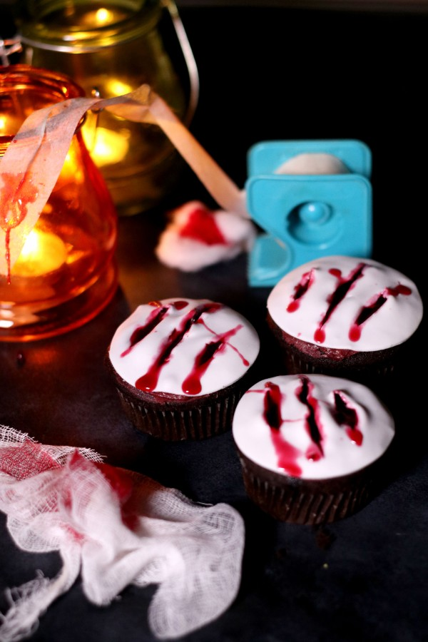 Claw Cupcakes (7)